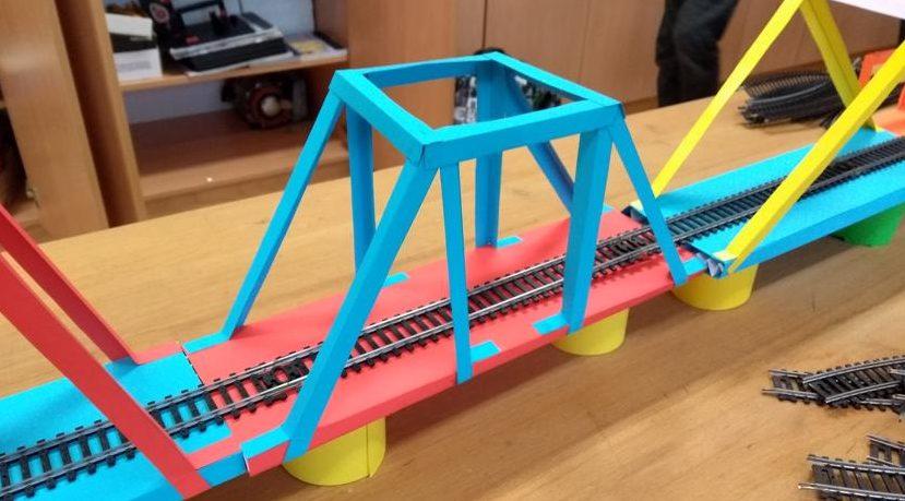 Mostovi pri pouku Tehnike in tehnologije